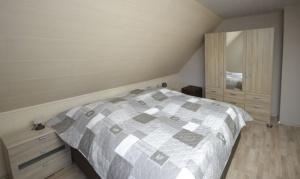 0 Schlafzimmer02